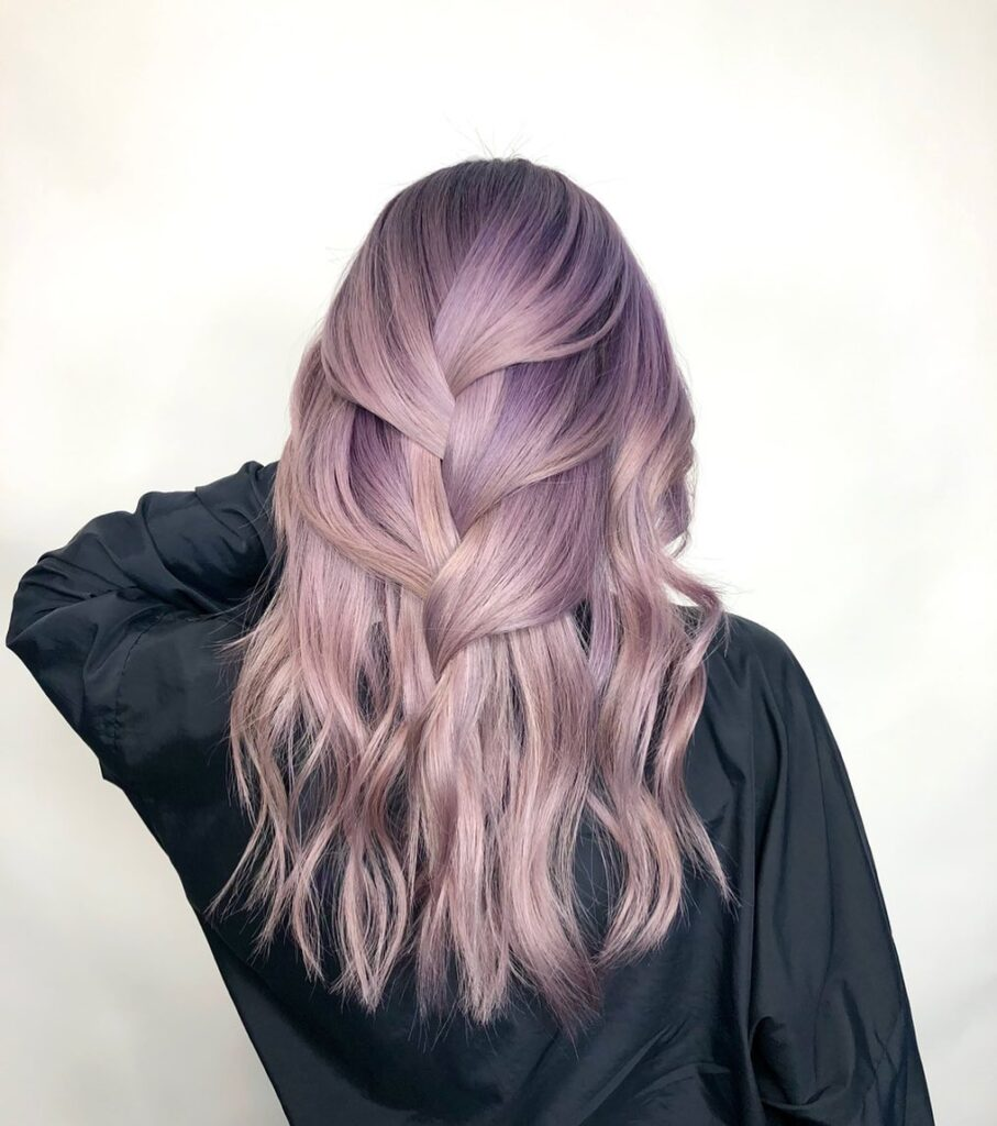 18 Stunning Ombre Hair Color Ideas to Try in 18   Wavy Haircuts