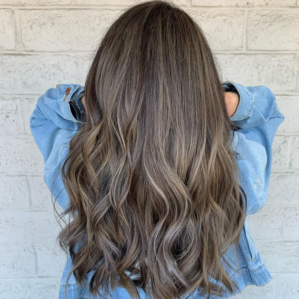 18 Dark Brown Hair Ideas with Highlights for 18   The Daily ...